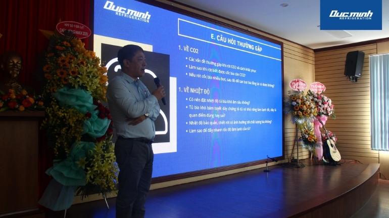 Ông Vũ Văn Minh - Giám đốc Công ty TNHH Thương mại và Sản xuất Đức Minh tham gia chia sẻ và giao lưu tại hội nghị