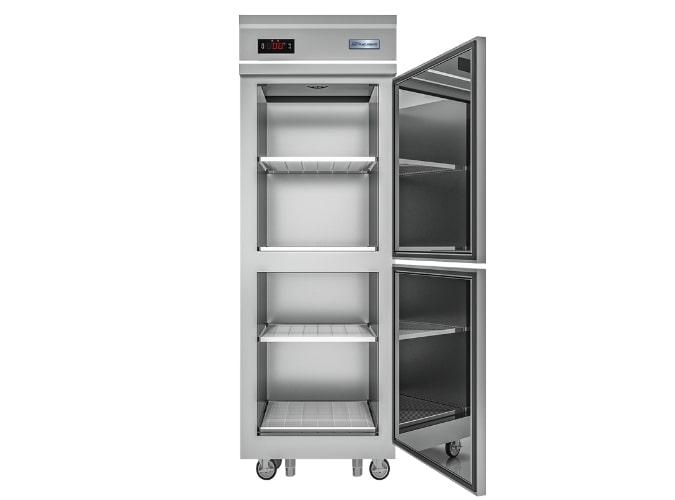 Chất liệu inox đáp ứng tiêu chuẩn vệ sinh cho thiết bị đông lạnh công nghiệp