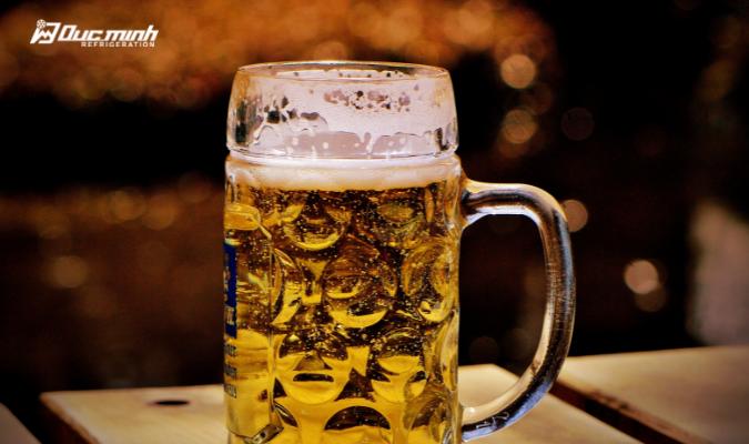Có nên mua tủ bảo quản bia hơi giá rẻ hay không?